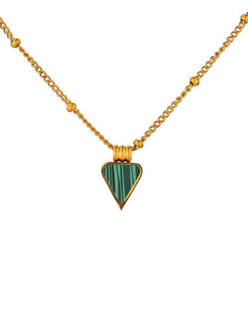 Halskette mit grünem Anhänger im Dreieck-Look